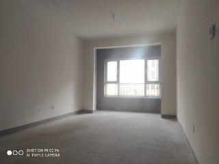 六中八小 瑞府1室2厅1卫57m²毛坯房带独立车位!