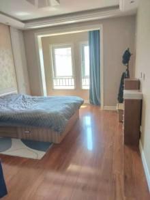 (开发区)塞纳荣府3室2厅1卫200万134m²出售