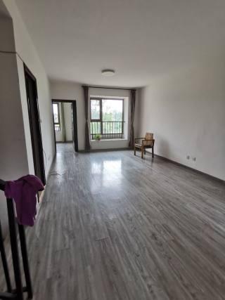 (安次)鸿坤理想澜湾 叠拼带院子4室2厅2卫2400元/月127m² 随时看房